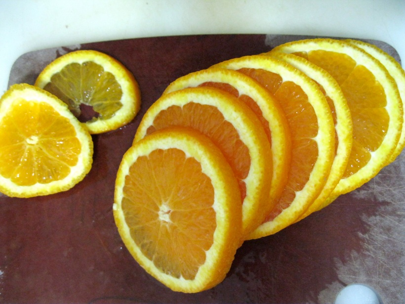 "Slice orange about 1/4"" thick."