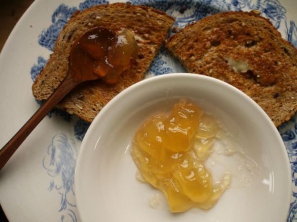 Spiced pear jelly and buttered whole wheat toast = heaven.