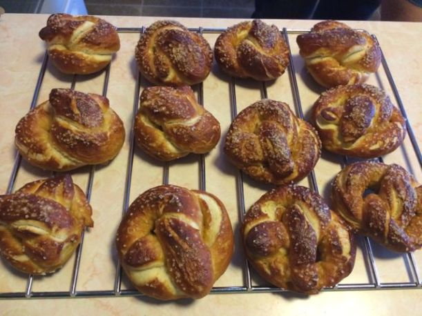 All done! And they only have to cool for a couple minutes, unlike other breads, so you can enjoy right away while still warm!